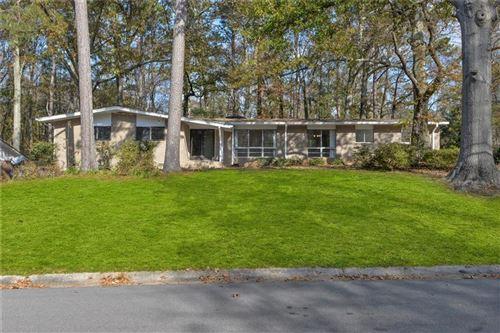 Photo of 1746 Rustic Drive SW, Marietta, GA 30008 (MLS # 6811546)