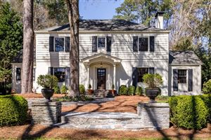 Photo of 641 Peachtree Battle Avenue NW, Atlanta, GA 30327 (MLS # 6517547)
