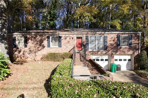 Photo of 1601 Drayton woods Drive, Tucker, GA 30084 (MLS # 6647547)