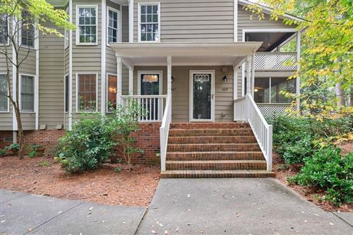 Photo of 1427 Oakridge Circle, Decatur, GA 30033 (MLS # 6802547)