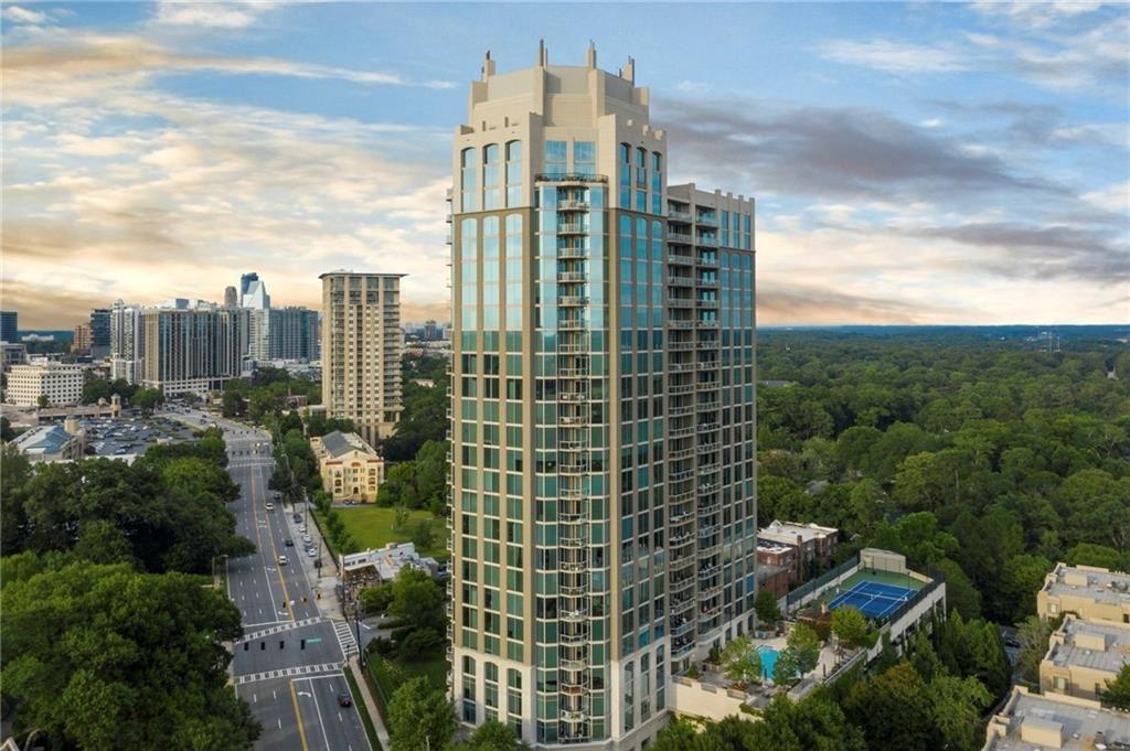 Photo for 2795 Peachtree Road NE #2301, Atlanta, GA 30305 (MLS # 6760548)