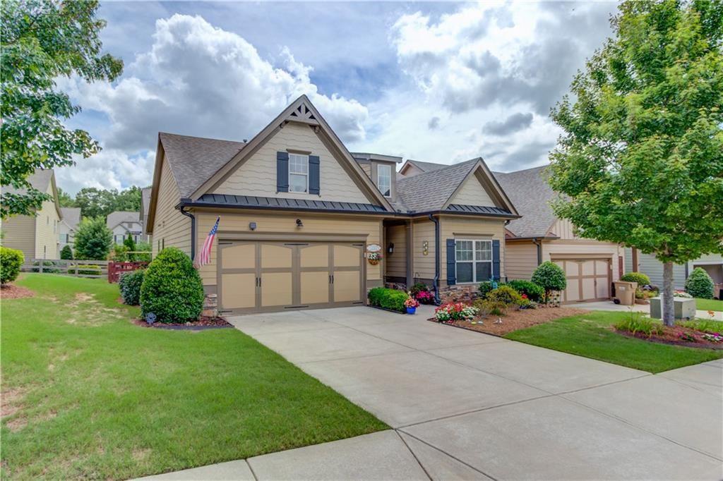Photo of 6921 Creekstone Place, Flowery Branch, GA 30542 (MLS # 6902558)