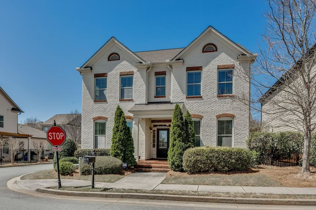 Photo of 7440 Winthrop Road, Alpharetta, GA 30005 (MLS # 6860567)