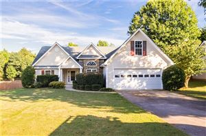 Photo of 6142 Devonshire Drive, Flowery Branch, GA 30542 (MLS # 6607572)