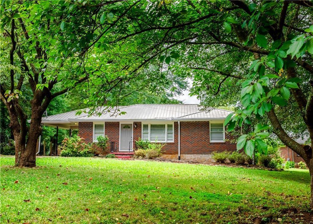 Photo of 2605 Fox Hills Drive, Decatur, GA 30033 (MLS # 6782581)