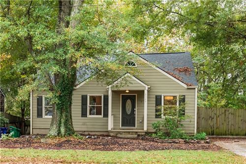 Photo of 3149 Rockbridge Road, Avondale Estates, GA 30002 (MLS # 6802604)