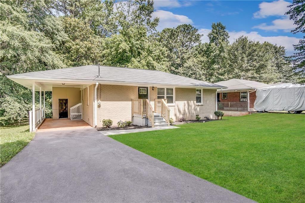 Photo of 1715 Derrill Drive, Decatur, GA 30032 (MLS # 6868606)