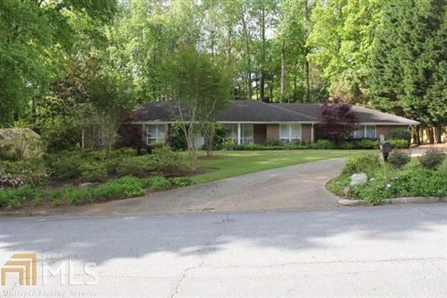 Photo of 1320 Oakhaven Drive, Roswell, GA 30075 (MLS # 6727608)