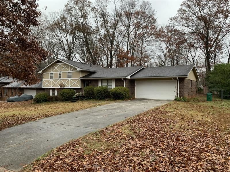 Photo for 643 Mincey Woods Court, Stone Mountain, GA 30087 (MLS # 6111614)
