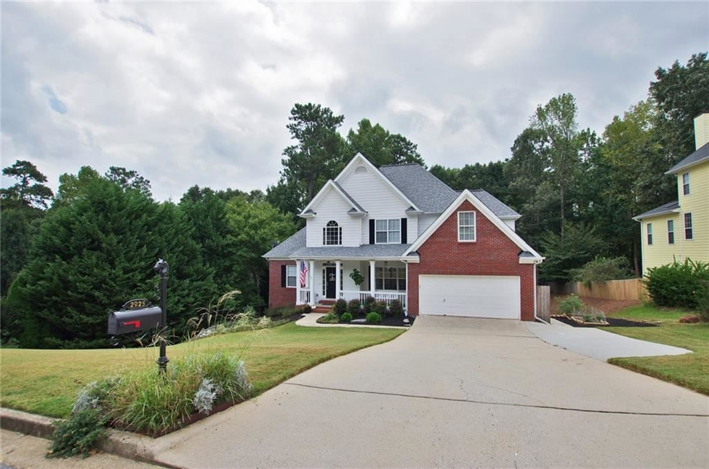 Photo for 2925 Hearthstone Drive, Cumming, GA 30041 (MLS # 6619614)