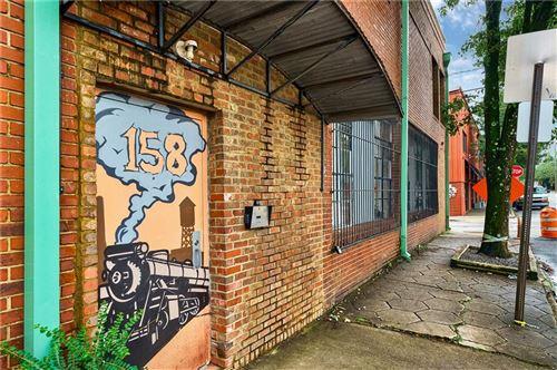 Photo of 158 Walker Street SW #4, Atlanta, GA 30313 (MLS # 6942627)