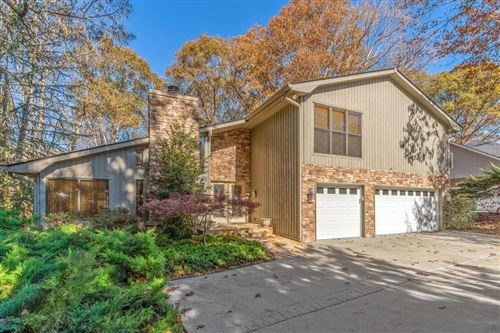 Photo of 1810 Branch Valley Drive, Roswell, GA 30076 (MLS # 6811637)