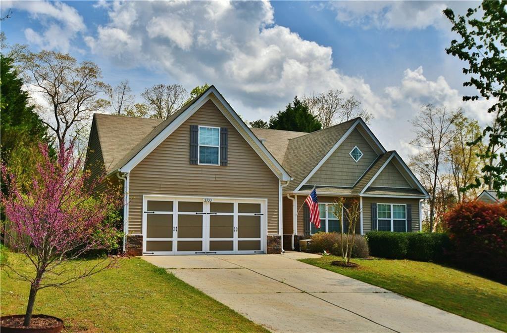 Photo of 3722 Looper Ridge, Gainesville, GA 30506 (MLS # 6867642)