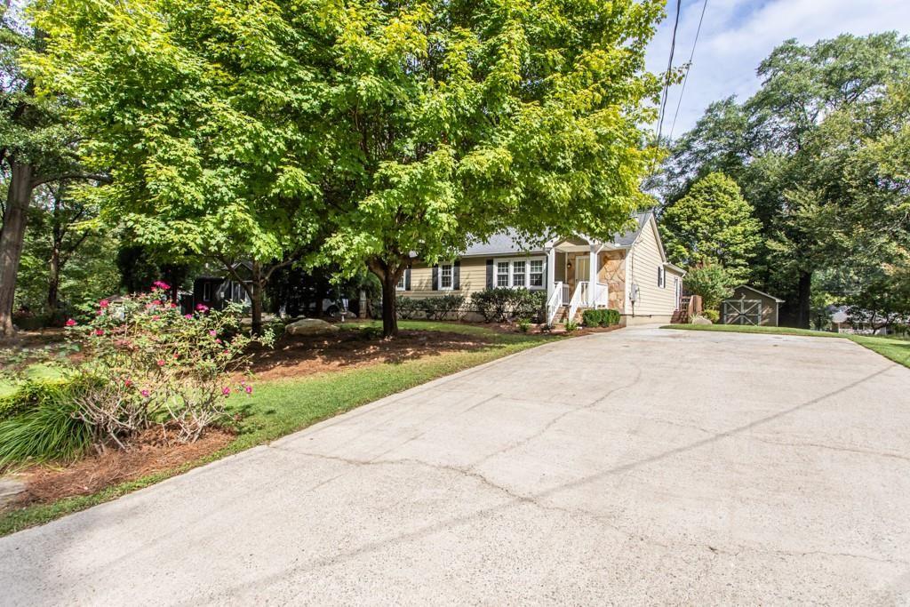 Photo of 624 Scott Circle, Decatur, GA 30033 (MLS # 6781646)
