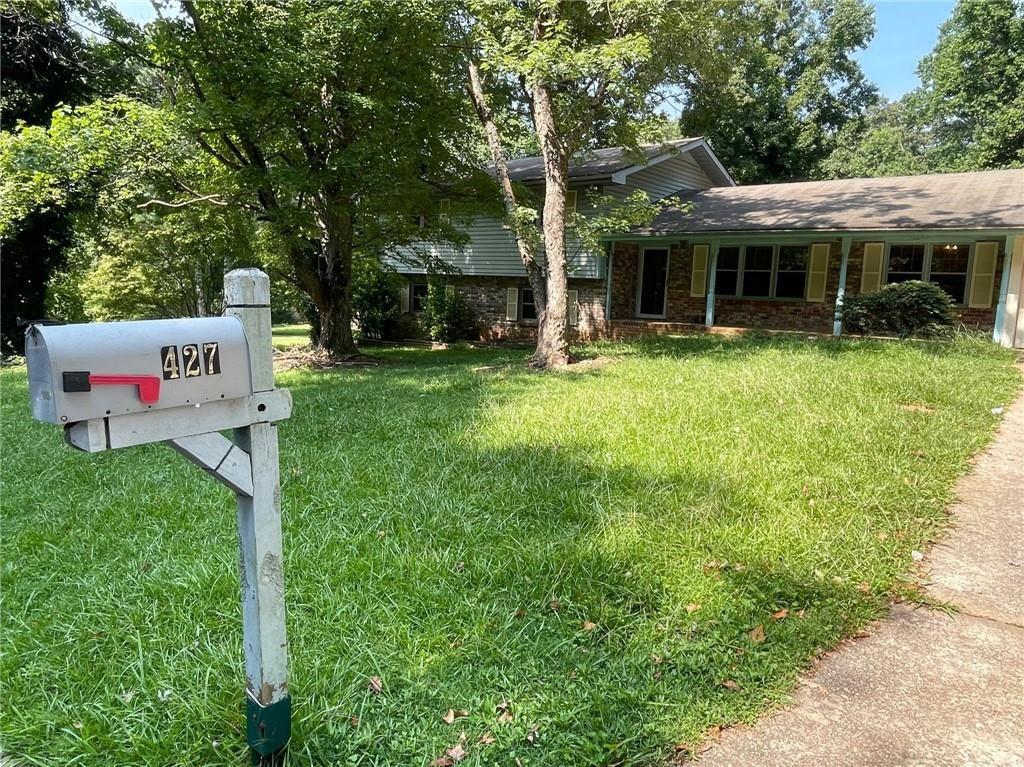 Photo of 427 Stonewycke Lane, Stone Mountain, GA 30087 (MLS # 6920652)
