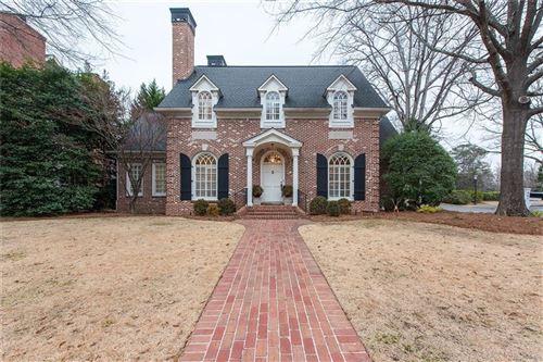 Photo of 661 Collier Commons Circle NW, Atlanta, GA 30318 (MLS # 6825658)