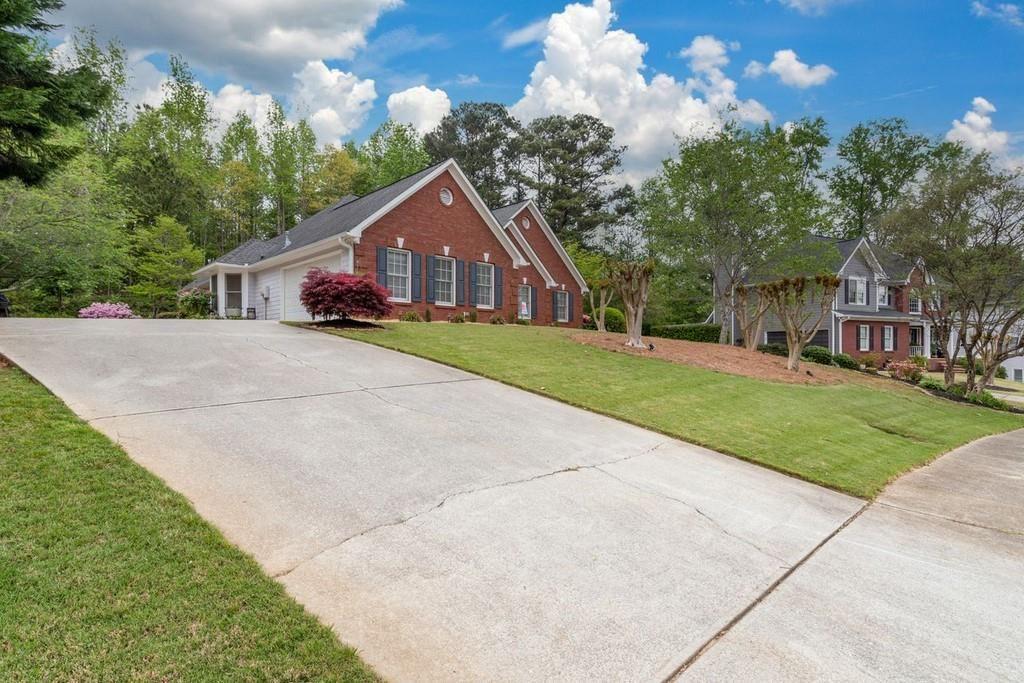 Photo of 5475 Silk Oak Way, Sugar Hill, GA 30518 (MLS # 6873677)
