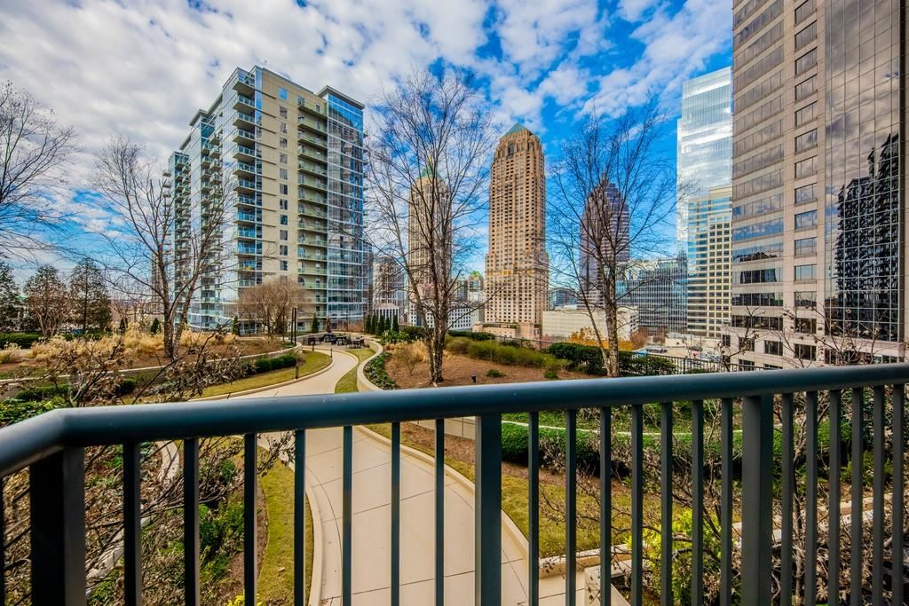 Photo for 1080 Peachtree Street NE #916, Atlanta, GA 30309 (MLS # 6664680)