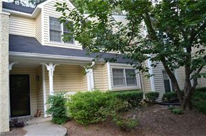 Photo of 867 Cannongate Crossing SW, Marietta, GA 30064 (MLS # 6572695)