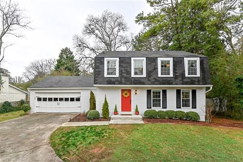 Photo of 135 N Pond Court, Roswell, GA 30076 (MLS # 6680713)