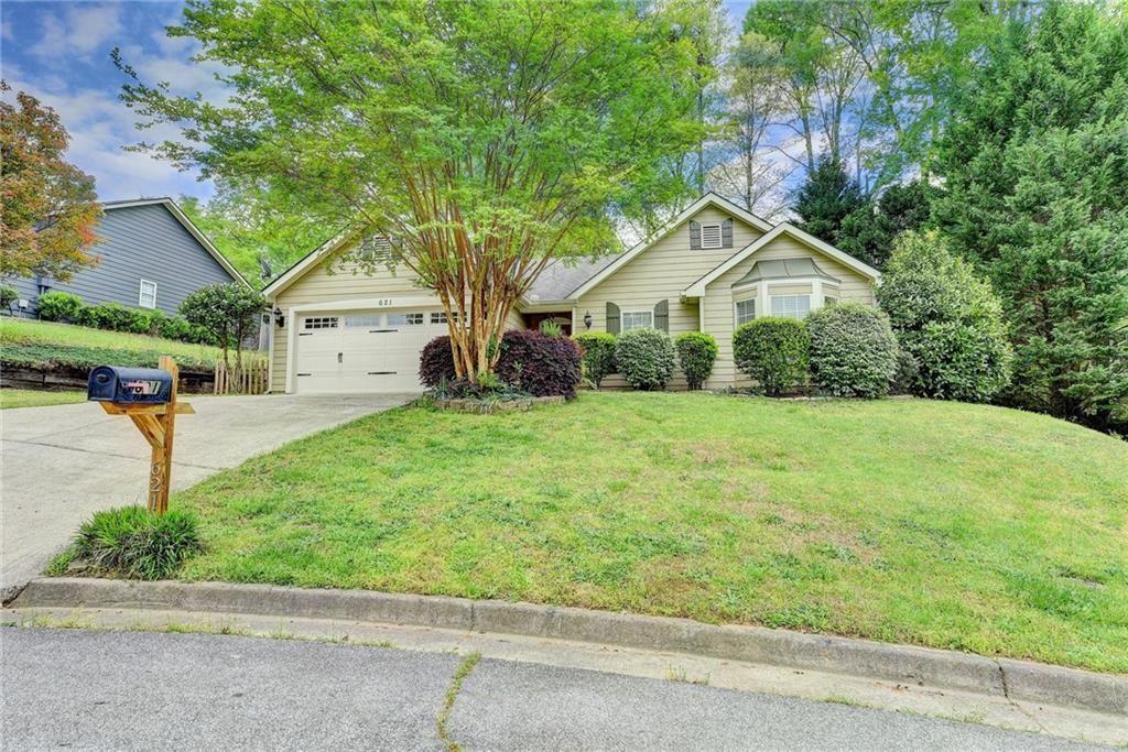Photo of 621 Forrest Retreat, Sugar Hill, GA 30518 (MLS # 6871721)
