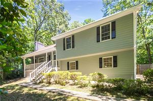 Photo of 404 Walnut Drive, Woodstock, GA 30189 (MLS # 6570724)