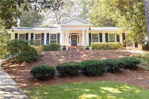 Photo of 3048 E Pine Valley Road NW, Atlanta, GA 30305 (MLS # 6797740)