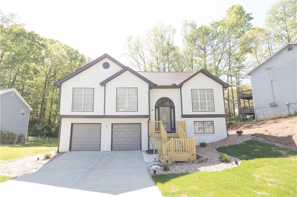Photo of 5574 Princeton Oaks Lane, Sugar Hill, GA 30518 (MLS # 6871742)