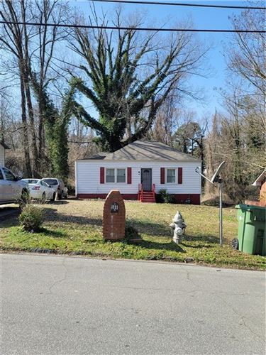 Photo of 366 Collier Ridge Drive NW, Atlanta, GA 30318 (MLS # 6841749)