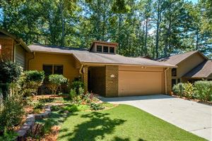 Photo of 260 LAKEVIEW Ridge W, Roswell, GA 30076 (MLS # 6612759)