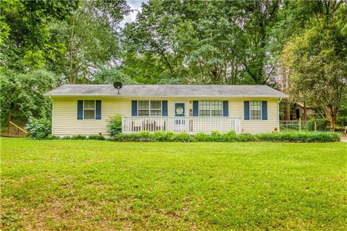 Photo of 963 Honeysuckle Trail, Winder, GA 30680 (MLS # 6733764)