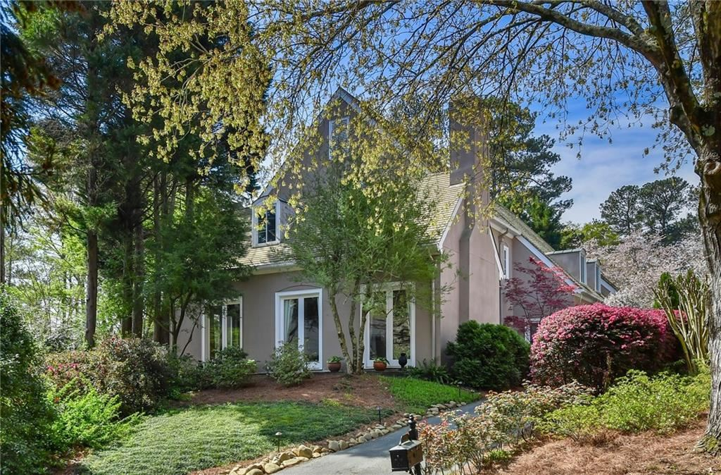 Photo of 1085 Brookhaven Square NE, Brookhaven, GA 30319 (MLS # 6700768)