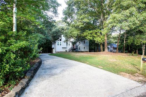 Photo of 320 Bethel Drive, Woodstock, GA 30189 (MLS # 6749770)