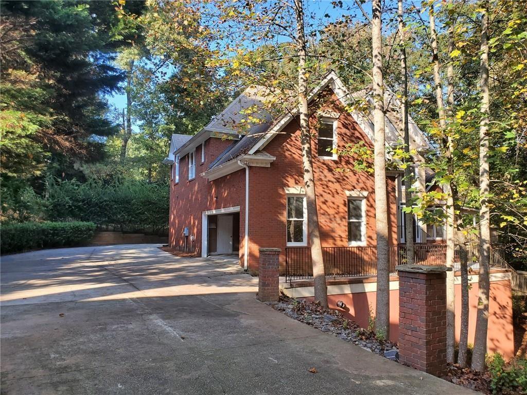 Photo of 670 Links View Drive, Sugar Hill, GA 30518 (MLS # 6796784)