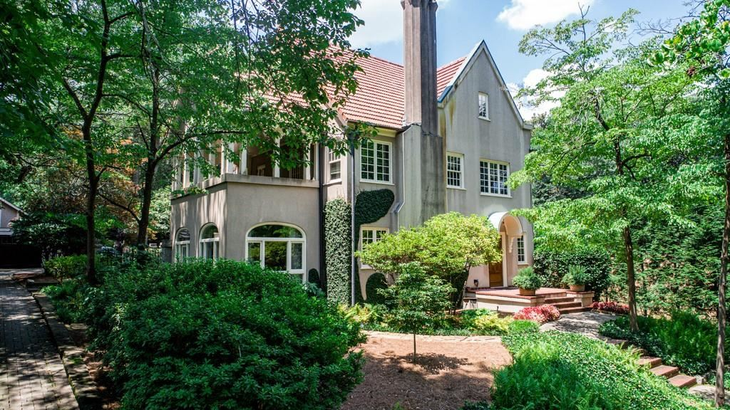 Photo of 140 Waverly Way NE, Atlanta, GA 30307 (MLS # 6754791)