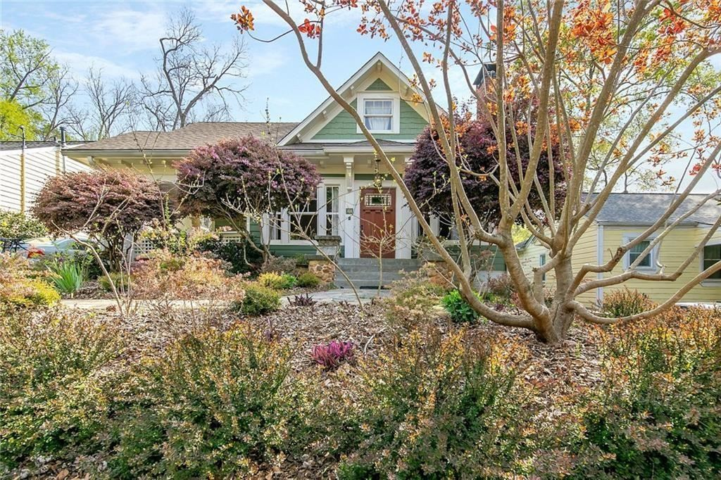 Photo of 220 Jefferson Place, Decatur, GA 30030 (MLS # 6865795)