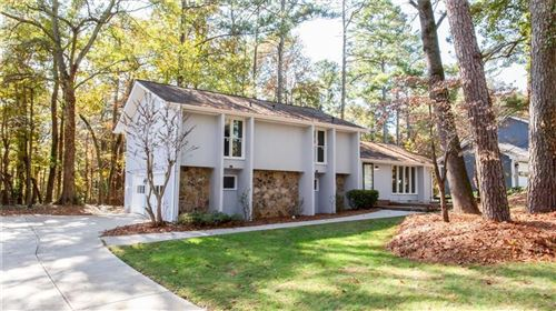 Photo of 3052 Bunker Hill Road, Marietta, GA 30062 (MLS # 6669802)