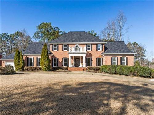 Photo of 850 Brooksglen Drive, Roswell, GA 30075 (MLS # 6681810)