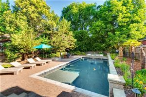 Photo of 606 E Morningside Drive NE, Atlanta, GA 30324 (MLS # 6556823)