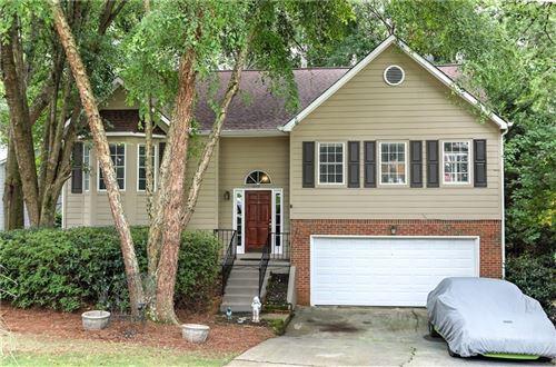 Photo of 1355 Taylor Oaks Drive, Roswell, GA 30076 (MLS # 6762833)
