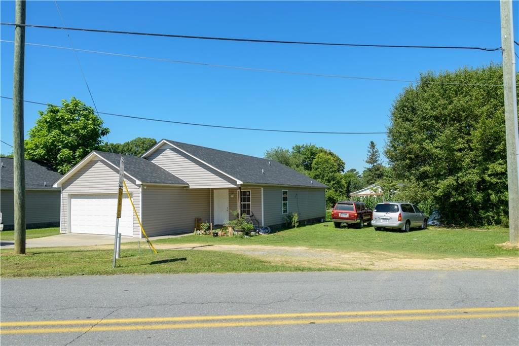 Photo of 101 Adair Street, Calhoun, GA 30701 (MLS # 6900834)
