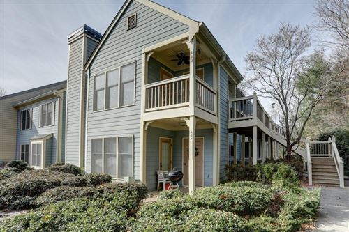 Photo of 409 Abingdon Way, Sandy Springs, GA 30328 (MLS # 6653846)