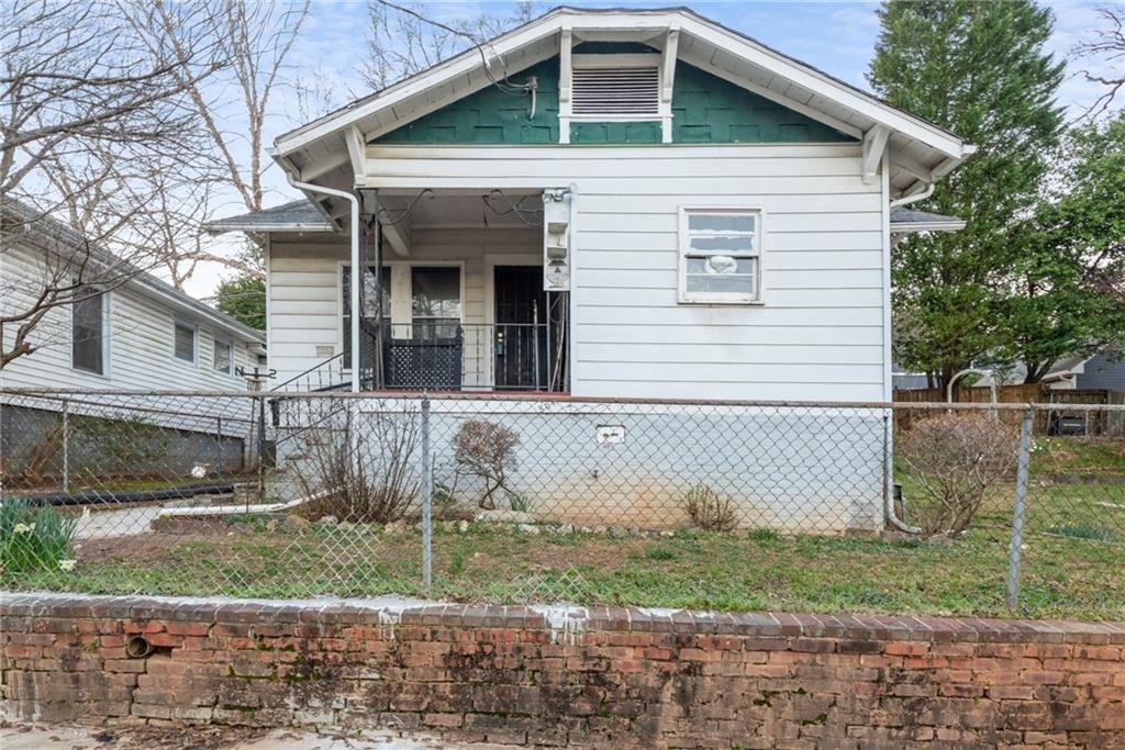 Photo of 807 Gilbert Street SE, Atlanta, GA 30316 (MLS # 6849860)