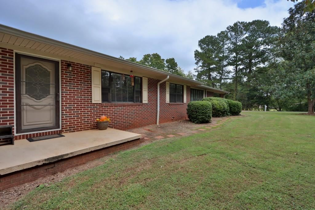 Photo of 4804 Flat Creek Road, Oakwood, GA 30566 (MLS # 6786864)