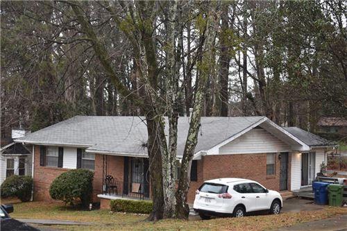 Photo of 4027 Ester Drive SW, Atlanta, GA 30331 (MLS # 6867867)