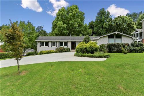 Photo of 2649 Fontainebleau Drive, Dunwoody, GA 30360 (MLS # 6748868)