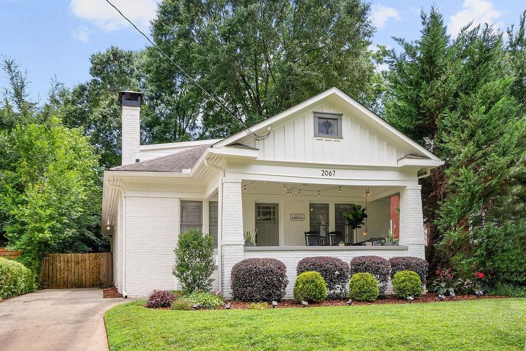 Photo of 2067 Ridgedale Road NE, Atlanta, GA 30317 (MLS # 6918875)