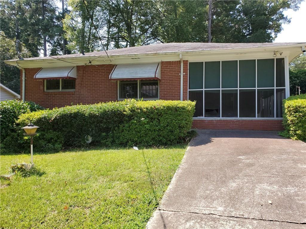 Photo for 3750 Adamsville Drive SW, Atlanta, GA 30331 (MLS # 6767886)
