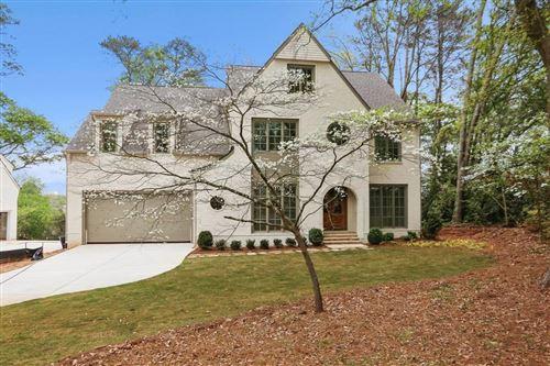 Photo of 2945 W Roxboro Road NE, Atlanta, GA 30324 (MLS # 6869888)