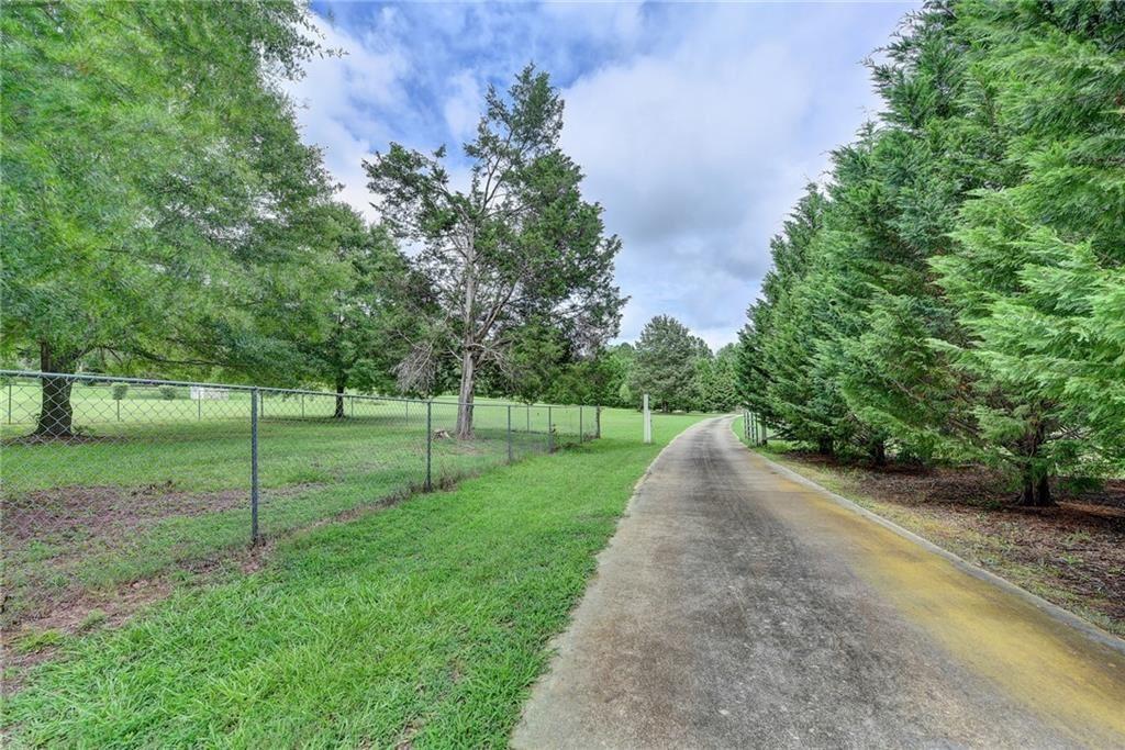 950 Kathleen Lane, Loganville, GA 30052 - #: 6749889